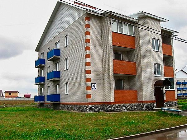 Фото малоэтажного дома с  квартирами-студиями в мкрн Белокаменный, Бердск, фото