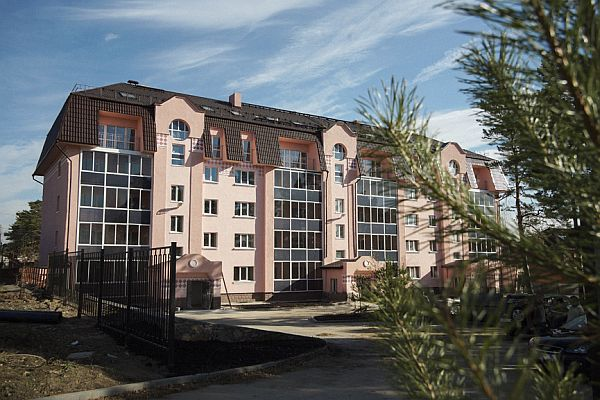 Шишкин, клубный дом, Новосибирск, Согласия 18. Готовность в октябре 2013 года.
